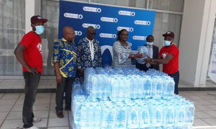 Gabon/Covid-19: la Sobraga fait une dotation d'eau au COPIL de Franceville