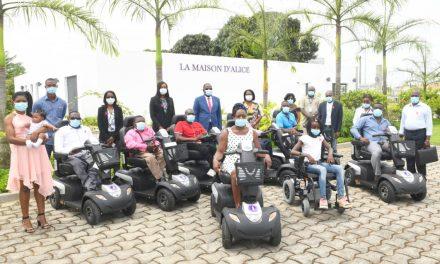 Gabon: la Fondation Sylvia Bongo dote les personnes vivant avec un handicap en matériel de mobilité