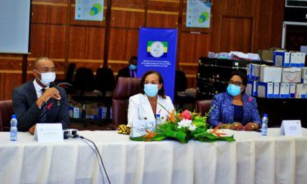 Gabon/Covid-19: Le gouvernement sensibilise les Secrétaires Généraux sur le respect des mesures barrières en milieu professionnel