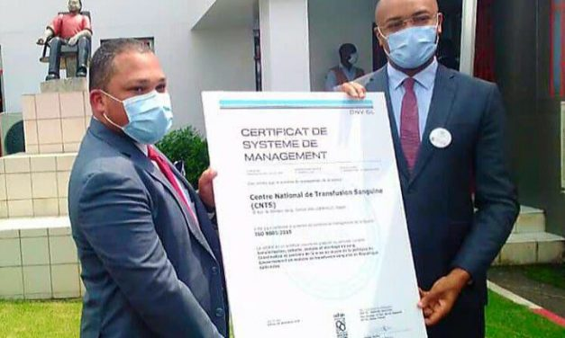 Gabon: le CNTS reçoit sa certification  ISO 9001version2015