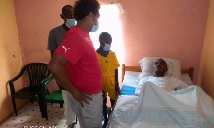 Gabon-Sports : Les joueurs du JFG au chevet de André Jocelyn Émane