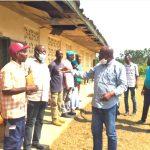 Oyem/Don de mobilier scolaire: Le maire Christian Abessolo au chevet de l'école catholique d'andomeodzip