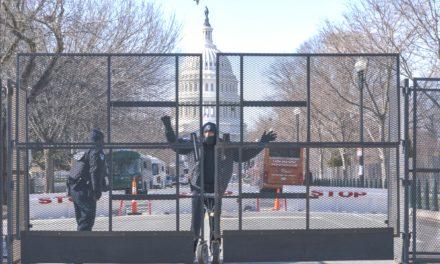 Cérémonie d'investiture de Joe Biden: Un homme lourdement armé intercepté près du Capitole