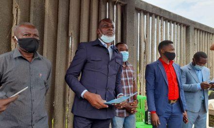 Gabon/Couvre-feu à 18h : Jean Robert Menie dépose une pétition ce mercredi à la Primature