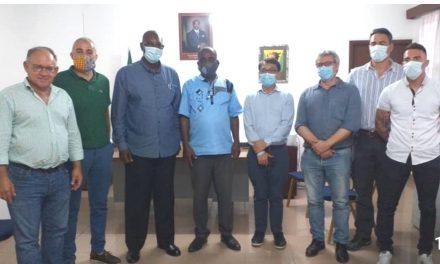 Oyem/Mission diplomatique: Le conseiller Bernard Rubi reçu par le maire Adjoint Alain Christian Pandzou