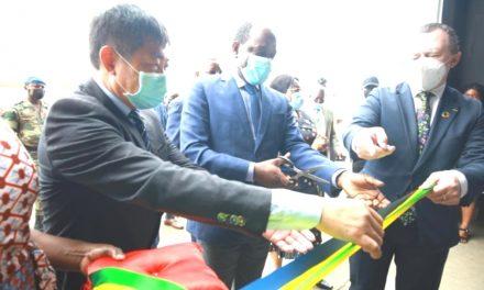 Gabon: Inauguration de l'usine Exploitation Forestière et Exportation (EFEX).