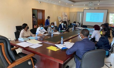 Gabon: Mise en place d'un comité indépendant de suivi de la sécurité des vaccins contre la Covid-19 utilisés au Gabon.